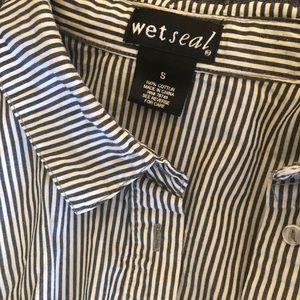 Stripped dark grey and white collard shirt